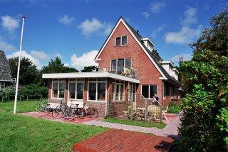 Flevo 3, appartement voor 2 personen bij het dorp