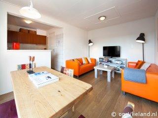 Puur Zon, appartement voor 4 personen in de Dorpsstraat van Vlieland