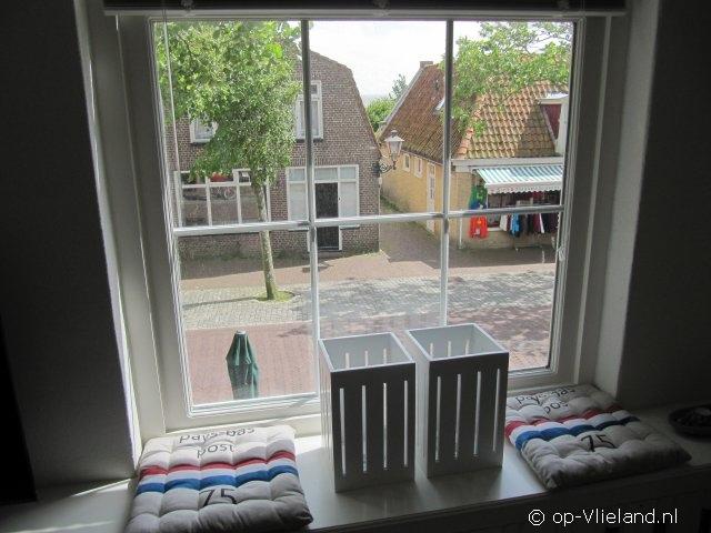 Zeepost, 6 persoons appartement in de Dorpsstraat