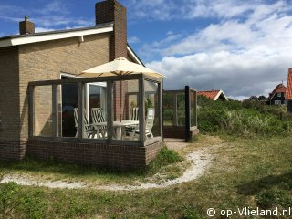 Kapmeeuw, 6 persoons vakantiehuis op een duintop vlak bij het strand