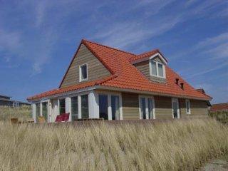 Mijlpaal, vakantiehuis voor 6-8 personen in de duinen bij het strand