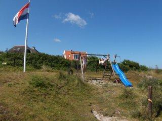 `t Sweltsje, vakantiehuis voor 6 personen in de duinen bij het strand