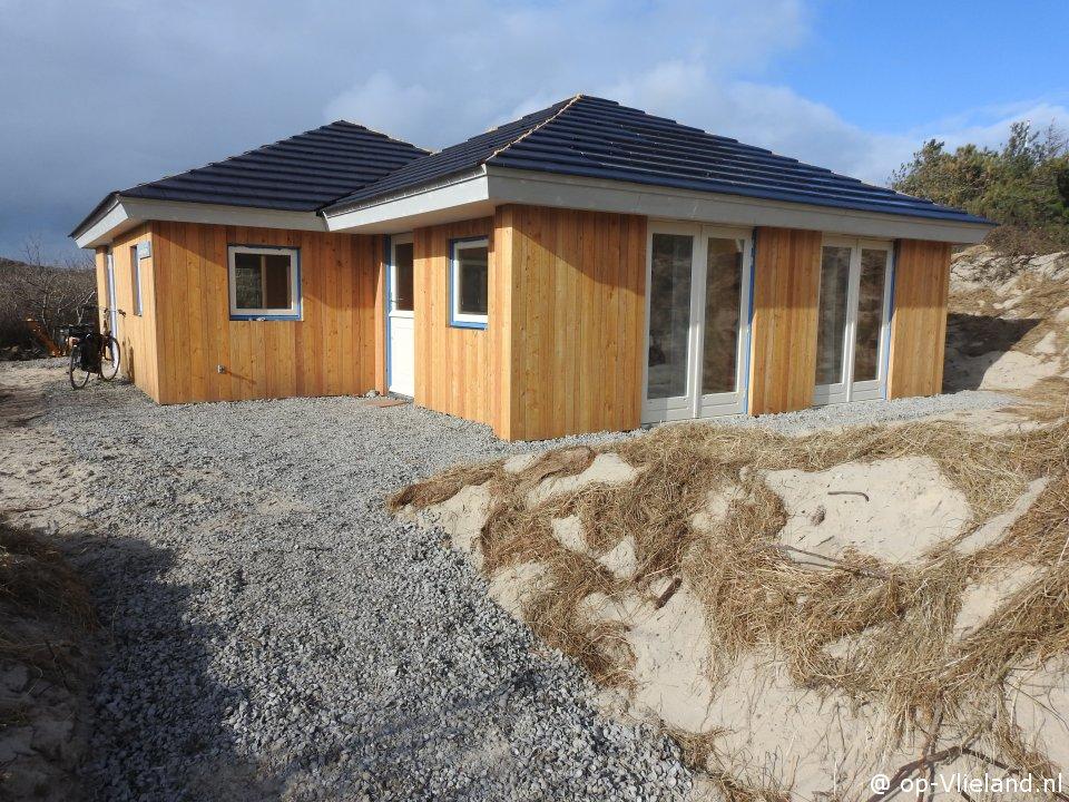 Winjewanje, 6 persoons vakantiehuis in de duinen bij het strand